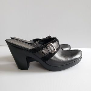 Cole Haan Black Leather Clogs Mules Heels Shoes 9